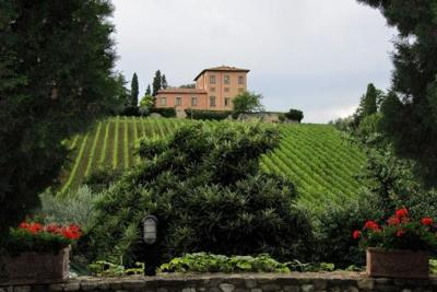 Siena, San Gimignano and Chianti Wine Region Small Group Day Trip from Florence