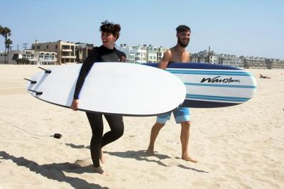 Learn to Surf at Venice Beach