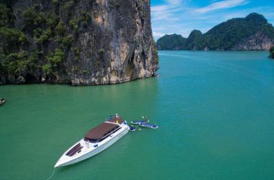 Phang Nga Bay Tour: Snorkelling & Kayaking from Khao Lak